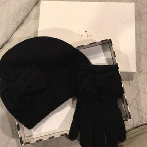 Kate Spade beanie and glove set
